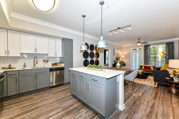225 26th Street N.W. Studio-3 Beds Apartment for Rent Photo Gallery 1
