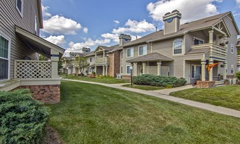 1000 Valley Bluff Dr 1-2 Beds Apartment for Rent Photo Gallery 1