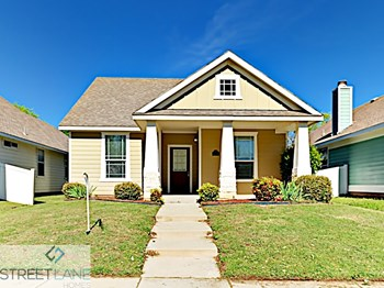 1817 Cambridge Drive 3 Beds House for Rent Photo Gallery 1