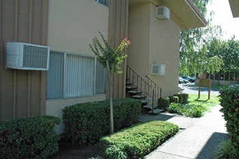 315 S. Crescent Ave 1-2 Beds Apartment for Rent Photo Gallery 1