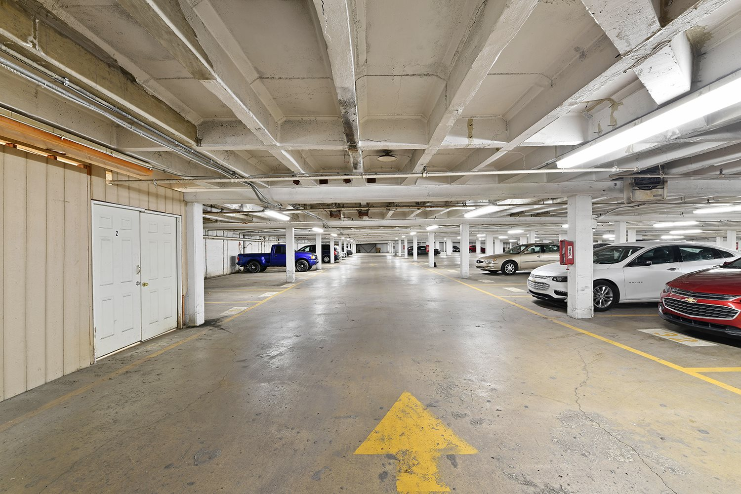 Huge Parking Space at CityView on Meridian, Indianapolis, 46208