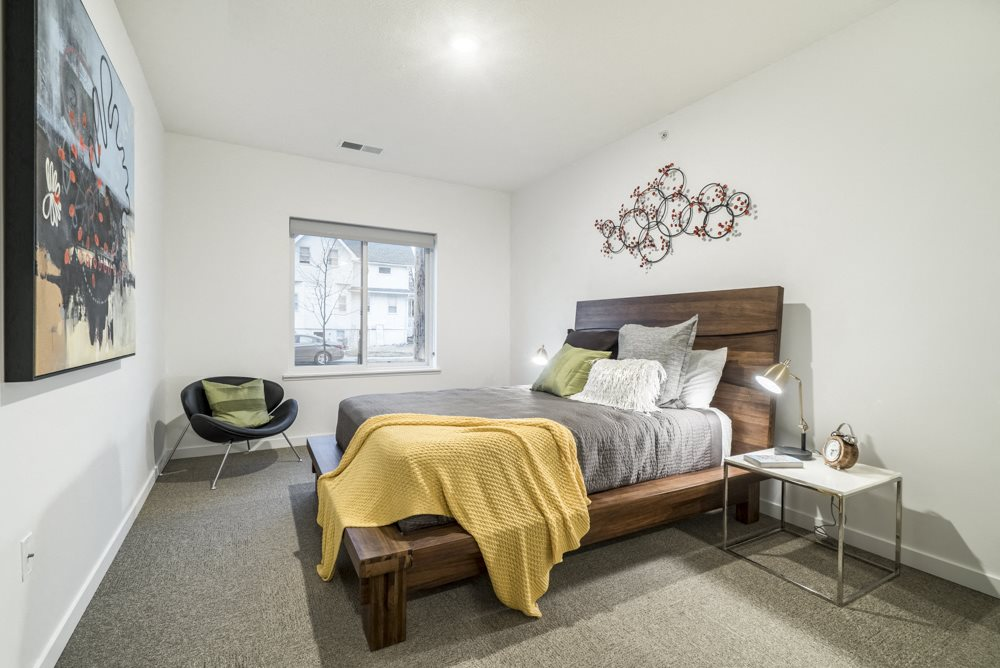 Interiors-1 bedroom apartment for rent with natural lighting at The Conrad near UNMC OMaha NE