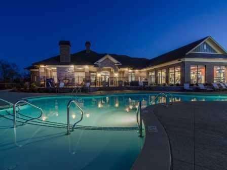 Foxland Crossing pool and leasing office.