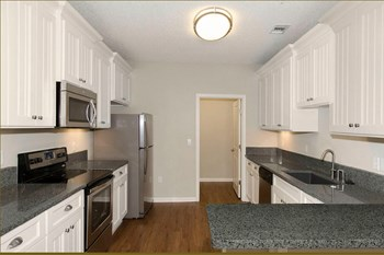 1050 Greystone Summit Drive 1-2 Beds Apartment for Rent Photo Gallery 1