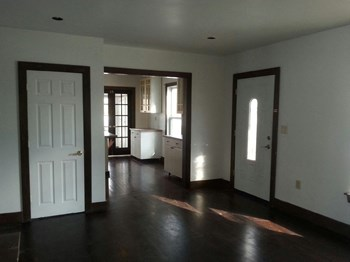 651 ALBION RD 4 Beds Apartment for Rent Photo Gallery 1