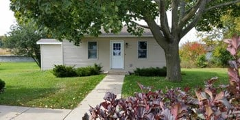 4900 Packers Ave Studio-2 Beds Apartment for Rent Photo Gallery 1