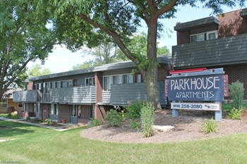 1831 S Park St Studio Apartment for Rent Photo Gallery 1