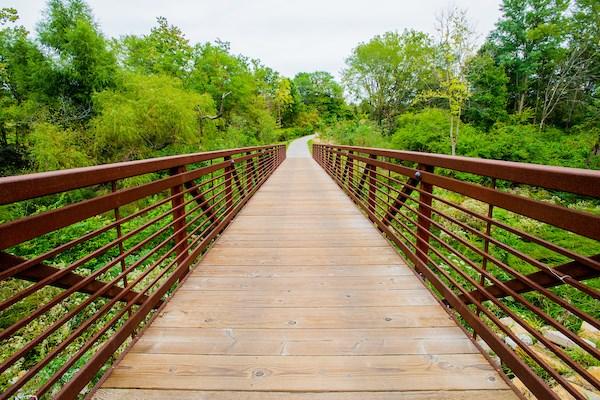 Walking Bridge to Retail at Altitude 970, Kansas City