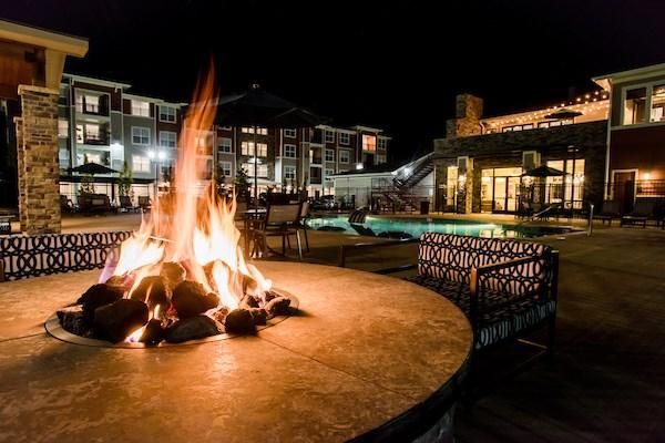 Outdoor Entertaining Lounge at Altitude 970, Missouri
