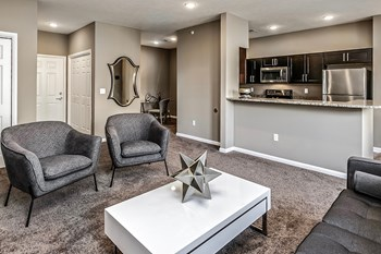 1341 West 6Th Street 1-2 Beds Apartment for Rent Photo Gallery 1