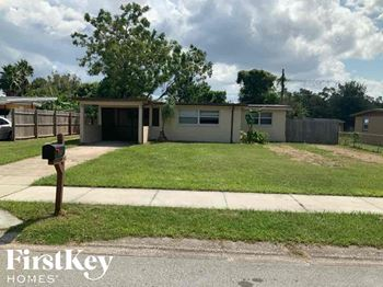 493 Notre Dame 4 Beds House for Rent Photo Gallery 1