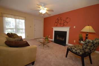 3400 Sandy Creek Drive 2 Beds Townhouse for Rent Photo Gallery 1