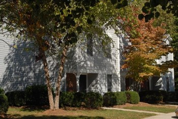 100 Remington Circle 3 Beds Townhouse for Rent Photo Gallery 1
