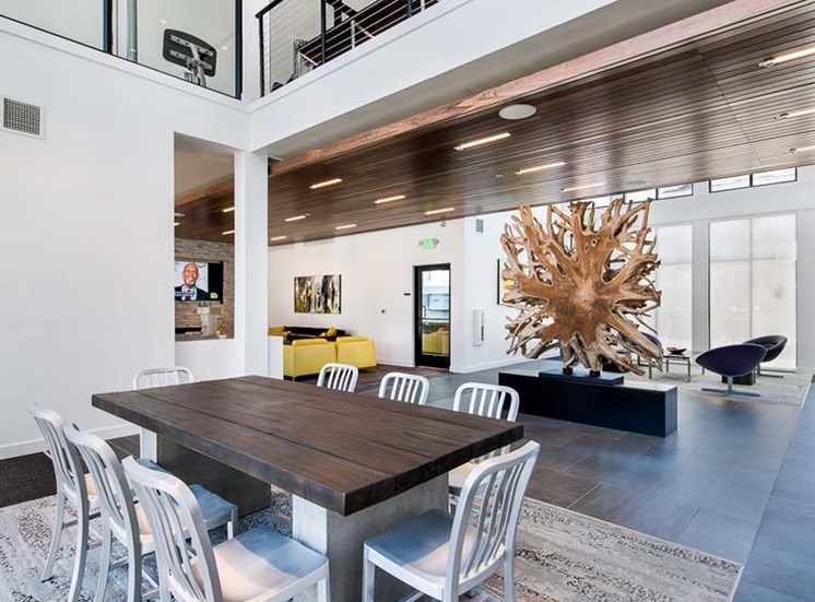 Elevate Apartments_Centennial CO_Community Dining Room
