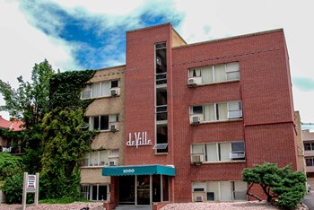 1020 Logan Studio Apartment for Rent Photo Gallery 1