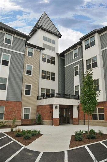 125 David Canary Drive SW 2 Beds Apartment for Rent Photo Gallery 1