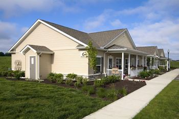 15637 Meredith Meadows Drive East 1-2 Beds Apartment for Rent Photo Gallery 1