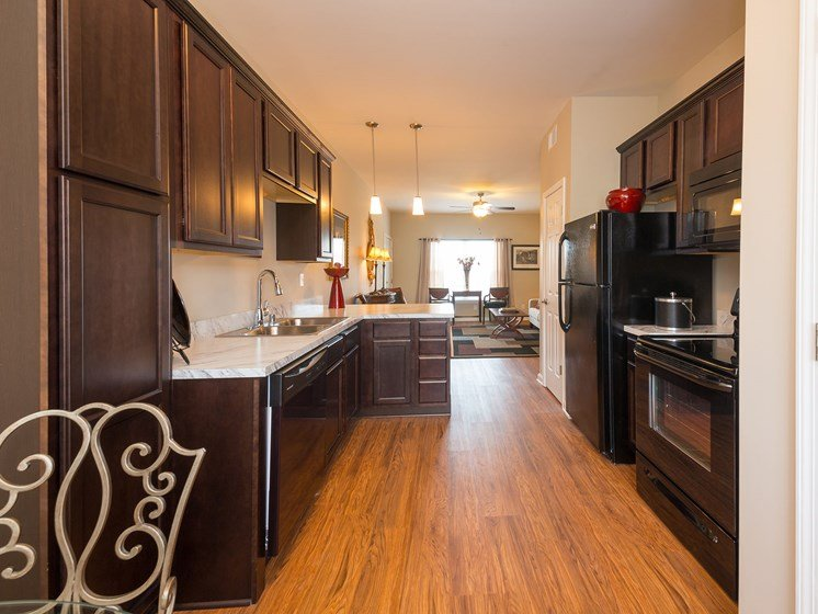 Spacious Eat-In Kitchens at Wyndamere Apartments, Kentucky