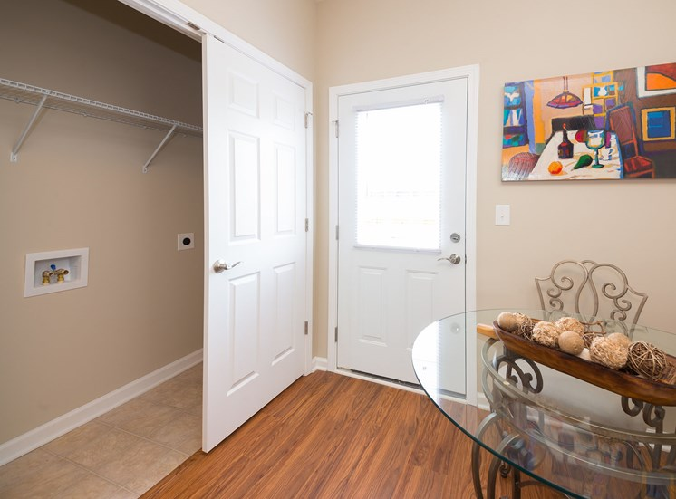 Large Closet at Wyndamere Apartments, Georgetown