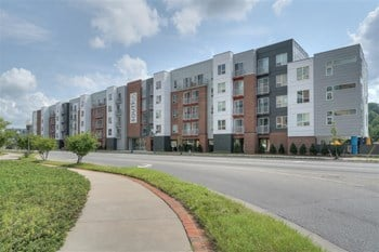 16 Old Woods Avenue 1-3 Beds Apartment for Rent Photo Gallery 1