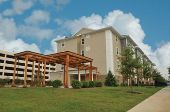 750 West Rich Street 1-2 Beds Apartment for Rent Photo Gallery 1
