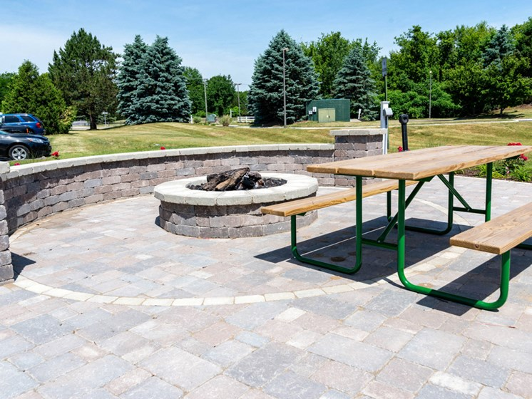 Community Fire Pit; Waterford Pines in Waterford, MI