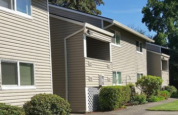 728 NW 5th Dr 1 Bed Apartment for Rent Photo Gallery 1
