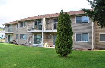 76365 Fern Street 1-2 Beds Apartment for Rent Photo Gallery 1