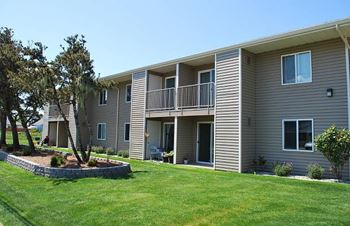 225 9th Street SE 1-2 Beds Apartment for Rent Photo Gallery 1