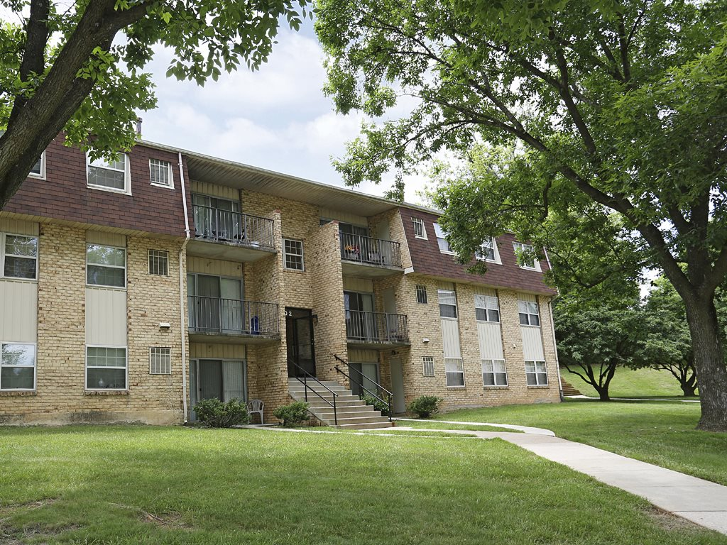 Village Of Pine Run Apartments Townhomes