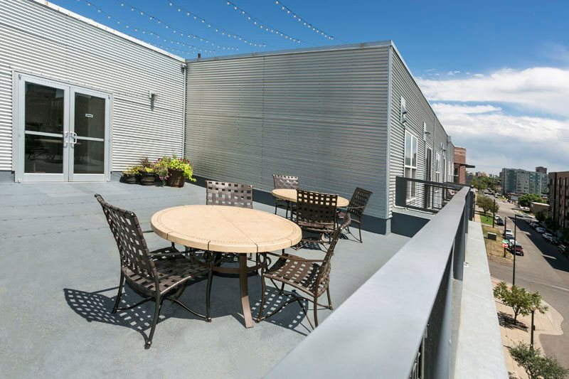 Rooftop Terrace With City View At Ballpark Lofts Apartments Denver Co 80205