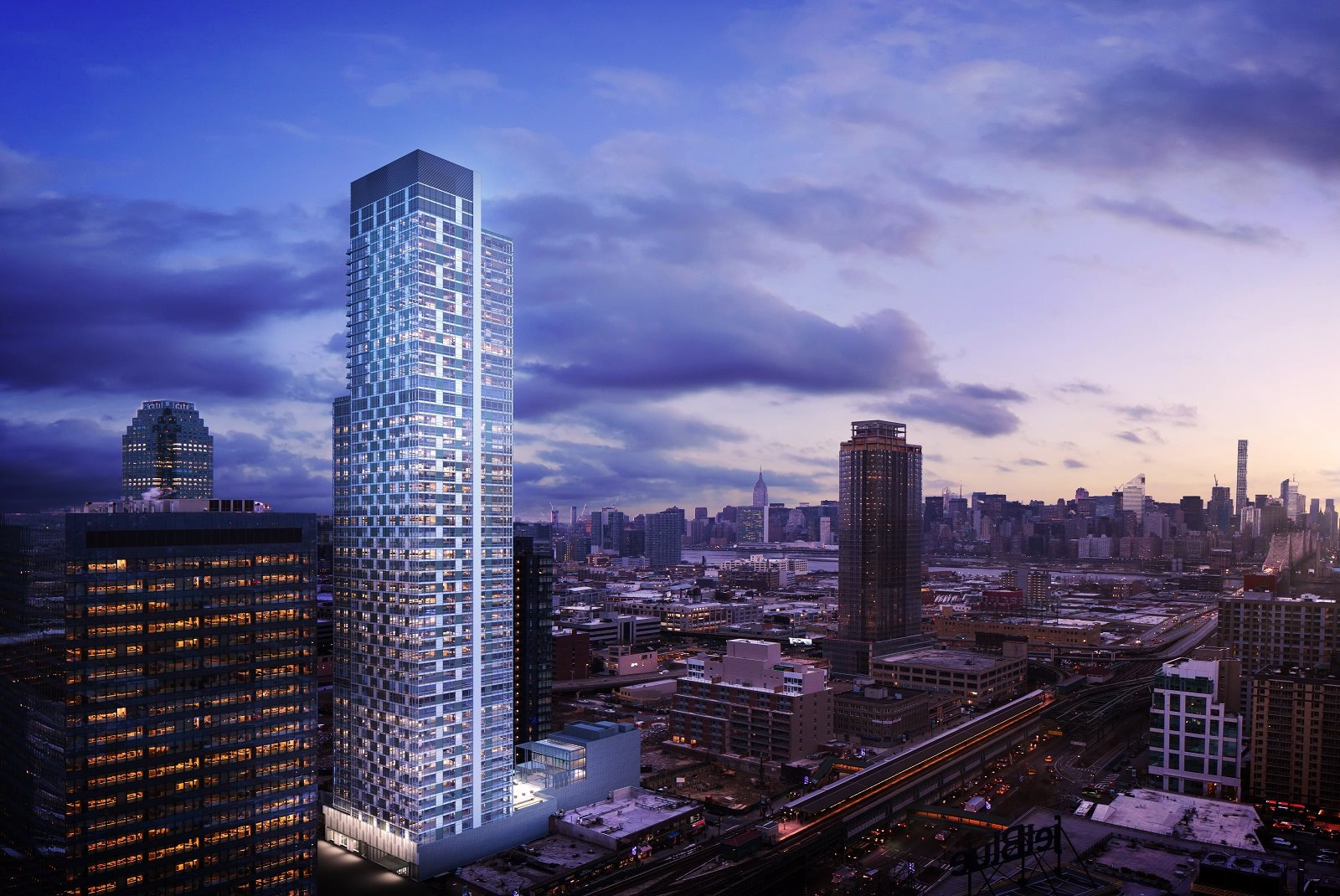 Tower 28 | Luxury Apartments for Rent in Long Island City, NY
