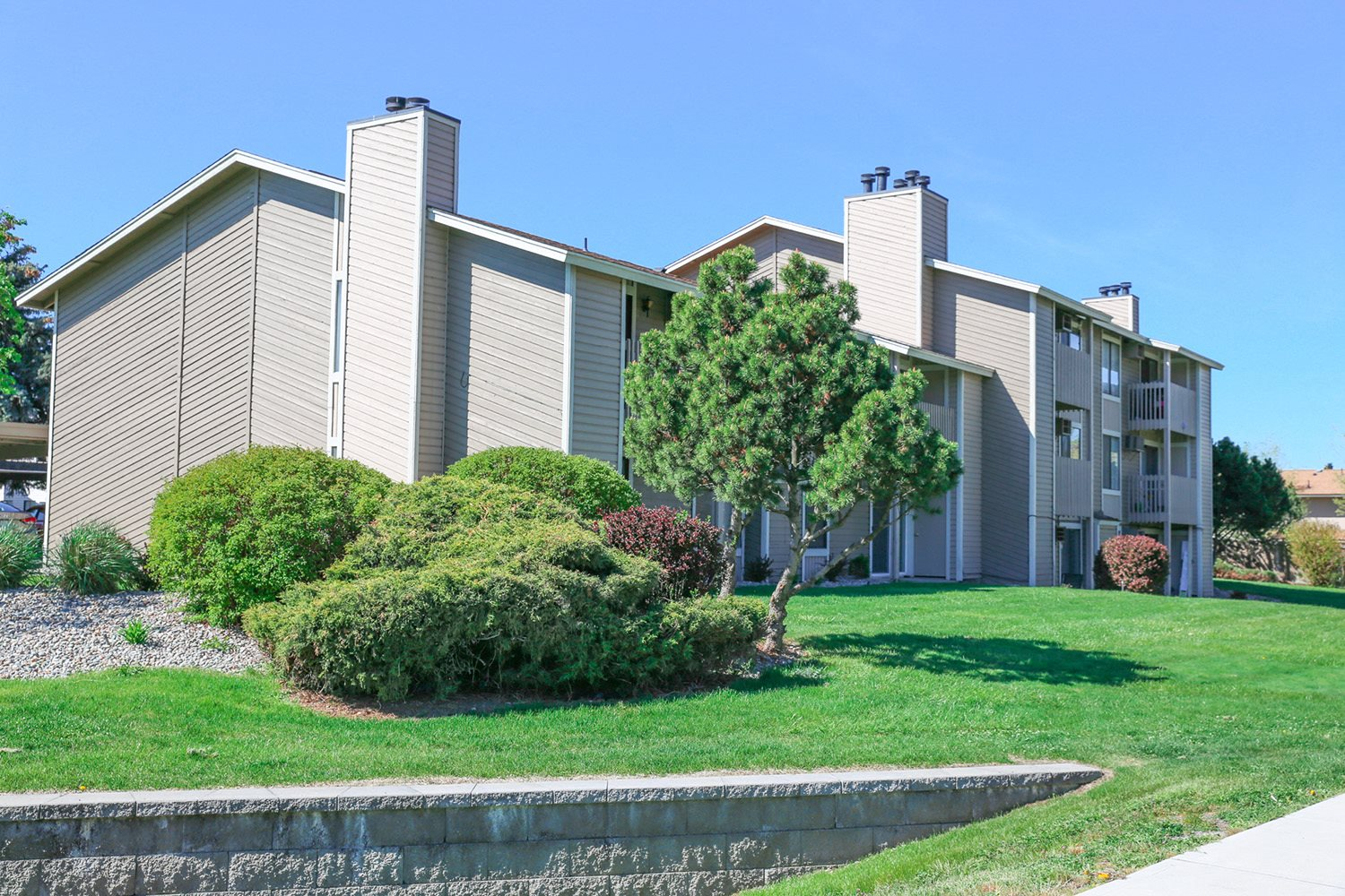 Meadow Ridge Apartments building