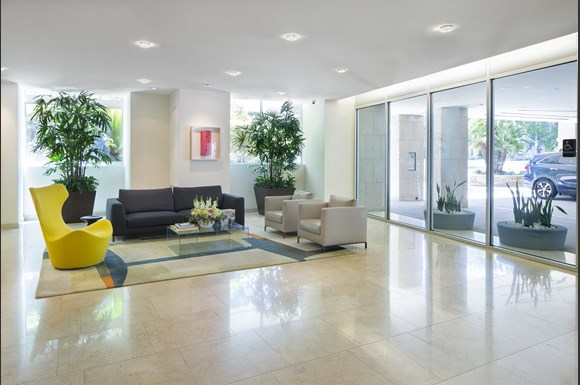 Westwood-luxury-apartments-NMS-Wilshire-Margot- Lobby area with seating at Wilshire Margot, Los Angeles, CA