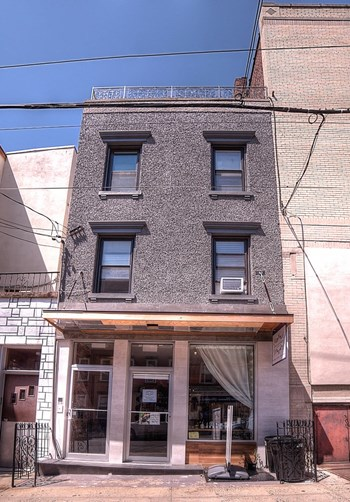 106 Fourth Street Studio Apartment for Rent Photo Gallery 1