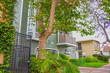 1066 Coronado Ave 2 Beds Apartment for Rent Photo Gallery 1