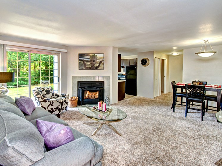 Wellington_Apartments_Silverdale_WA_Living Room Fireplace