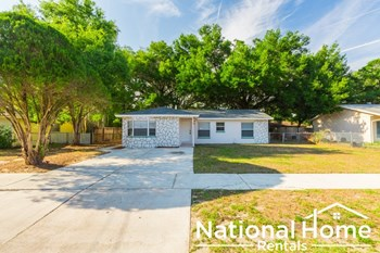 129 Magnolia Ave 4 Beds House for Rent Photo Gallery 1