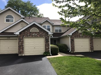 1357 Ridgefield Circle 2 Beds House for Rent Photo Gallery 1