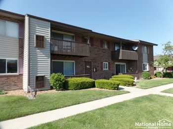 6724 181st Street Unit 1513 2 Beds House for Rent Photo Gallery 1