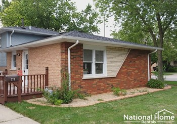 778 E 158th Street 4 Beds House for Rent Photo Gallery 1