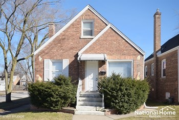 18101 Wildwood Avenue 4 Beds House for Rent Photo Gallery 1