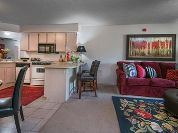 1441 E. Omaha Street 1 Bed Apartment for Rent Photo Gallery 1