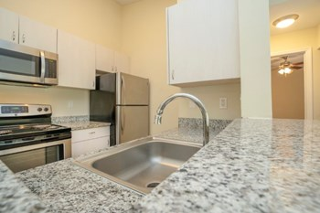 3333 Duck Avenue 1-3 Beds Apartment for Rent Photo Gallery 1
