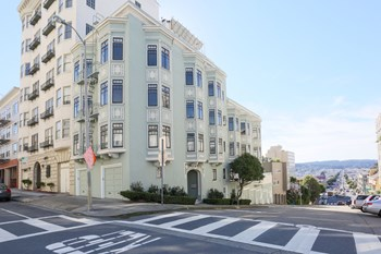 1305 Lombard Street 1 Bed Apartment for Rent Photo Gallery 1