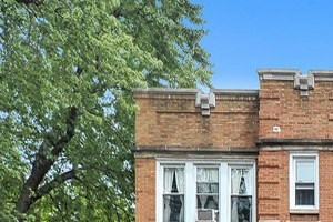 3657-59 N. Damen Ave./1951-57 W. Waveland Ave. 1 Bed Apartment for Rent Photo Gallery 1