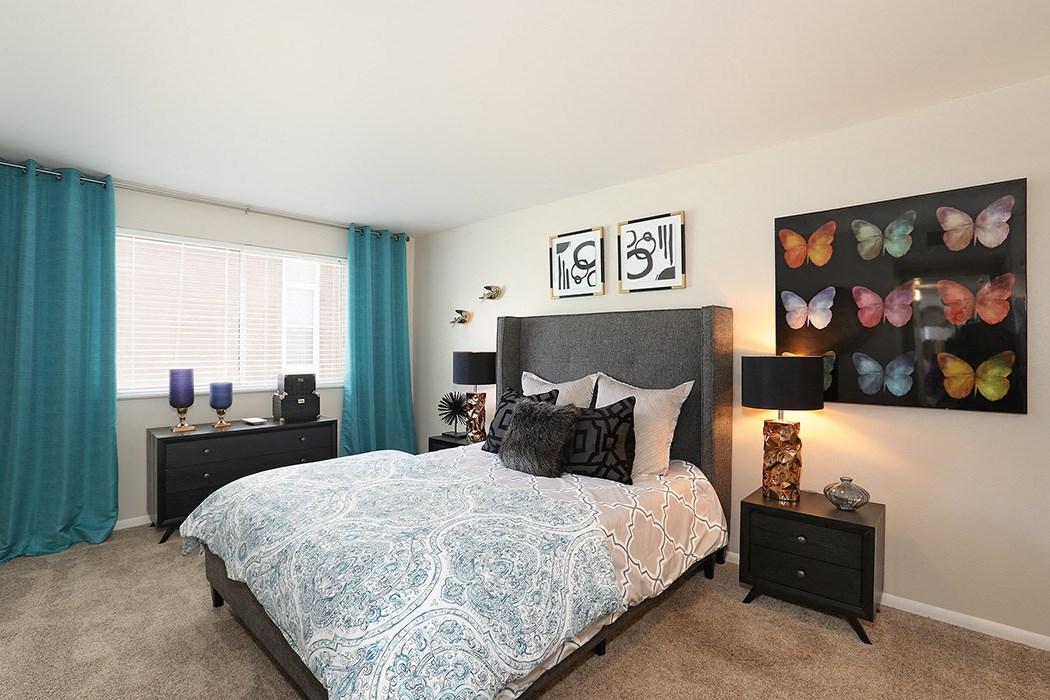 Pet Friendly Apartments in Salt Lake City, UT - 47seventy Settler's Point Apartments Bedroom