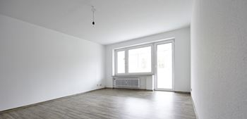 11021-23 S. Longwood 2 Beds Apartment for Rent Photo Gallery 1