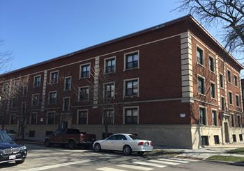 5801 S Michigan 2-3 Beds Apartment for Rent Photo Gallery 1