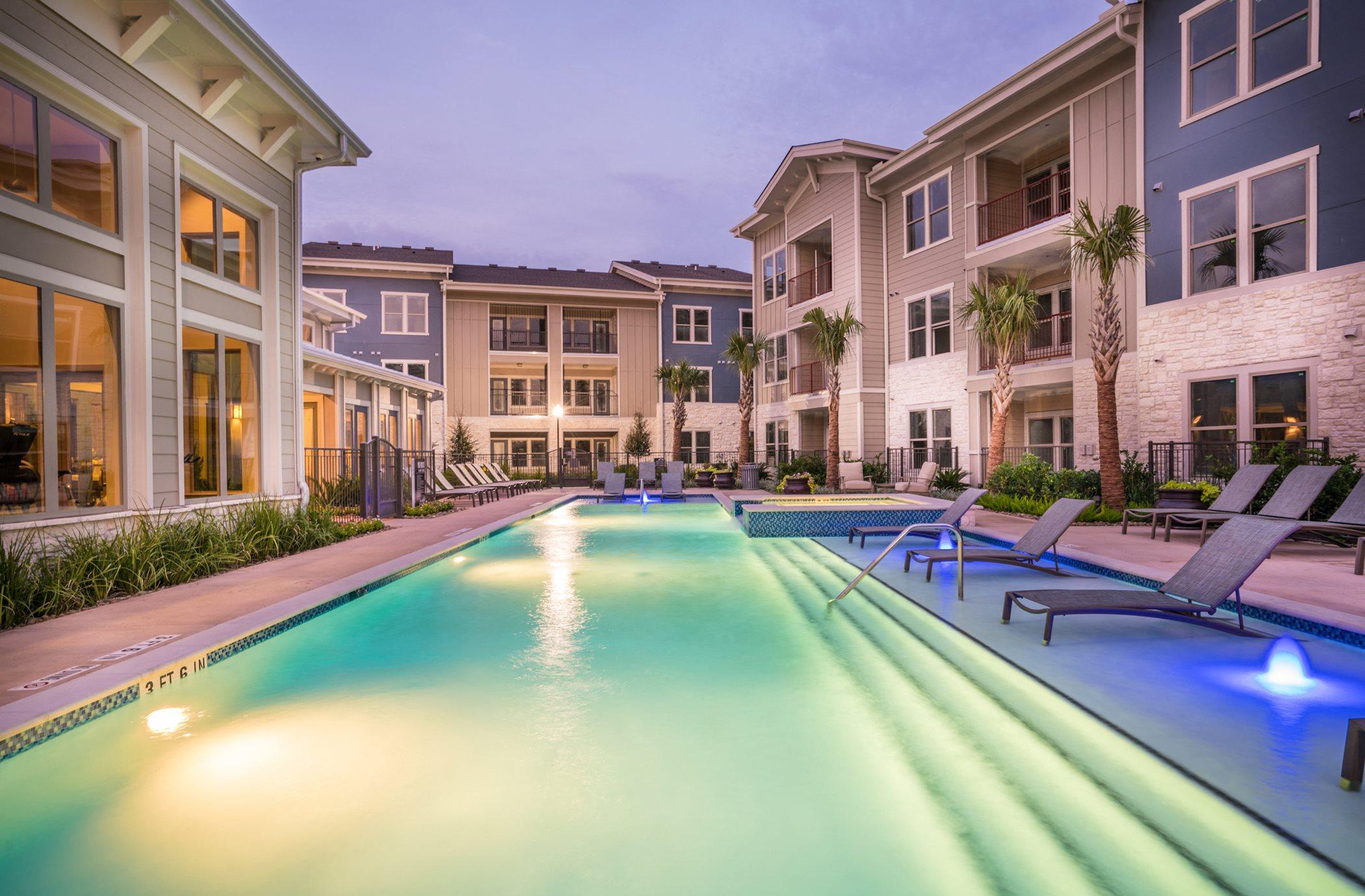 Fifty Apartments Houston Tx